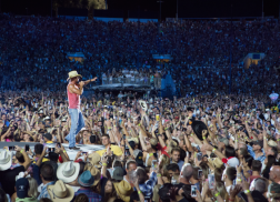 Kenny Chesney Plays For 53,864 At Rose Bowl
