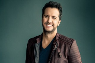 Luke Bryan to Undergo Minor Surgery This Week