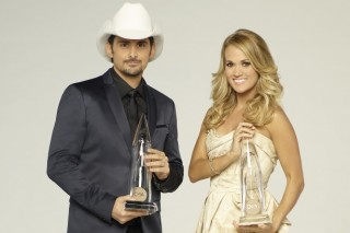 Brad Paisley, Carrie Underwood To Host 50th Annual CMA Awards