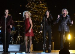 'CMA Country Christmas' To Tape At Grand Ole Opry