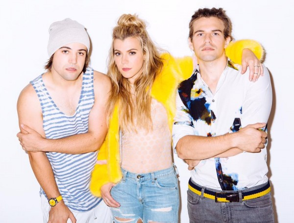 The Band Perry On The Hunt For Snapchat Moments