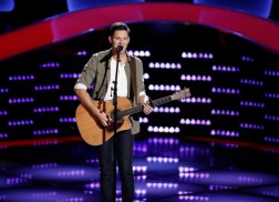 Chris Crump's Catches Blake Shelton's Attention With 'Thinking Out Loud' Cover