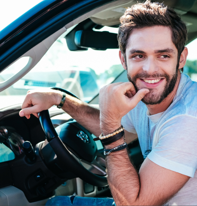 thomas rhett reveals new single 39 die a happy man 39 sounds like nashville. Black Bedroom Furniture Sets. Home Design Ideas