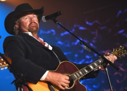 Album Review: Toby Keith's '35 mph Town'