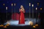 Carrie Underwood Stuns With 'Heartbeat' Performance At American Music Awards