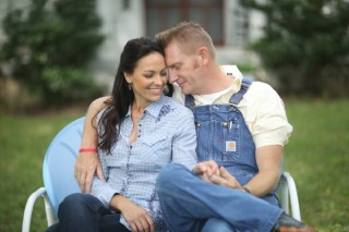 Rory Feek Remembers Joey on the First Anniversary of her Death