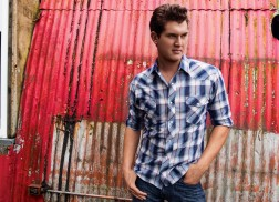 Exclusive Q&A: Jon Pardi Talks 'Head Over Boots,' All Time High Tour
