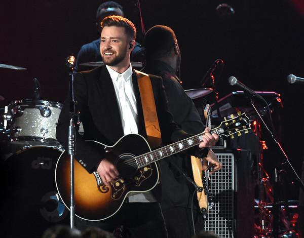 Justin Timberlake Donates Guitar To Nashville Uso Sounds