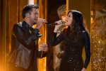 Luke Bryan and Karen Fairchild Perform 'Home Alone Tonight' At 2015 American Music Awards