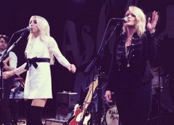 Miranda Lambert Crashes Ashley Monroe's Sold Out Nashville Show