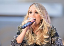 Carrie Underwood Really Wants to Collaborate With Axl Rose