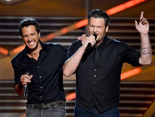 ACM Awards: Blake Shelton Out, Luke Bryan Looks For New Co-Host