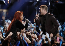 Barrett Baber and Wynonna Join Forces On 'The Voice' Finale