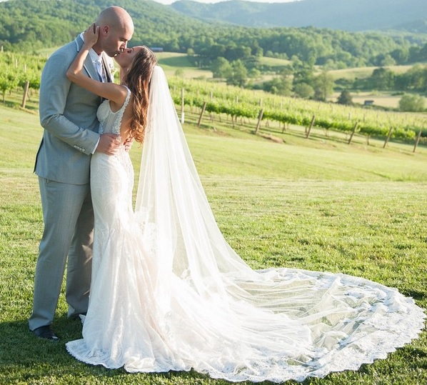 Country Music Year In Review: 2015 Weddings Sounds Like