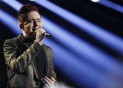 Jeffery Austin Powers Through 'Stay' on 'The Voice' Finale