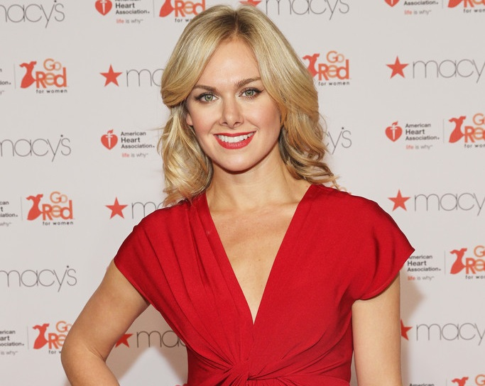 Laura Bell Bundy Releases Christmas Edition Of Broadway Bus Stop