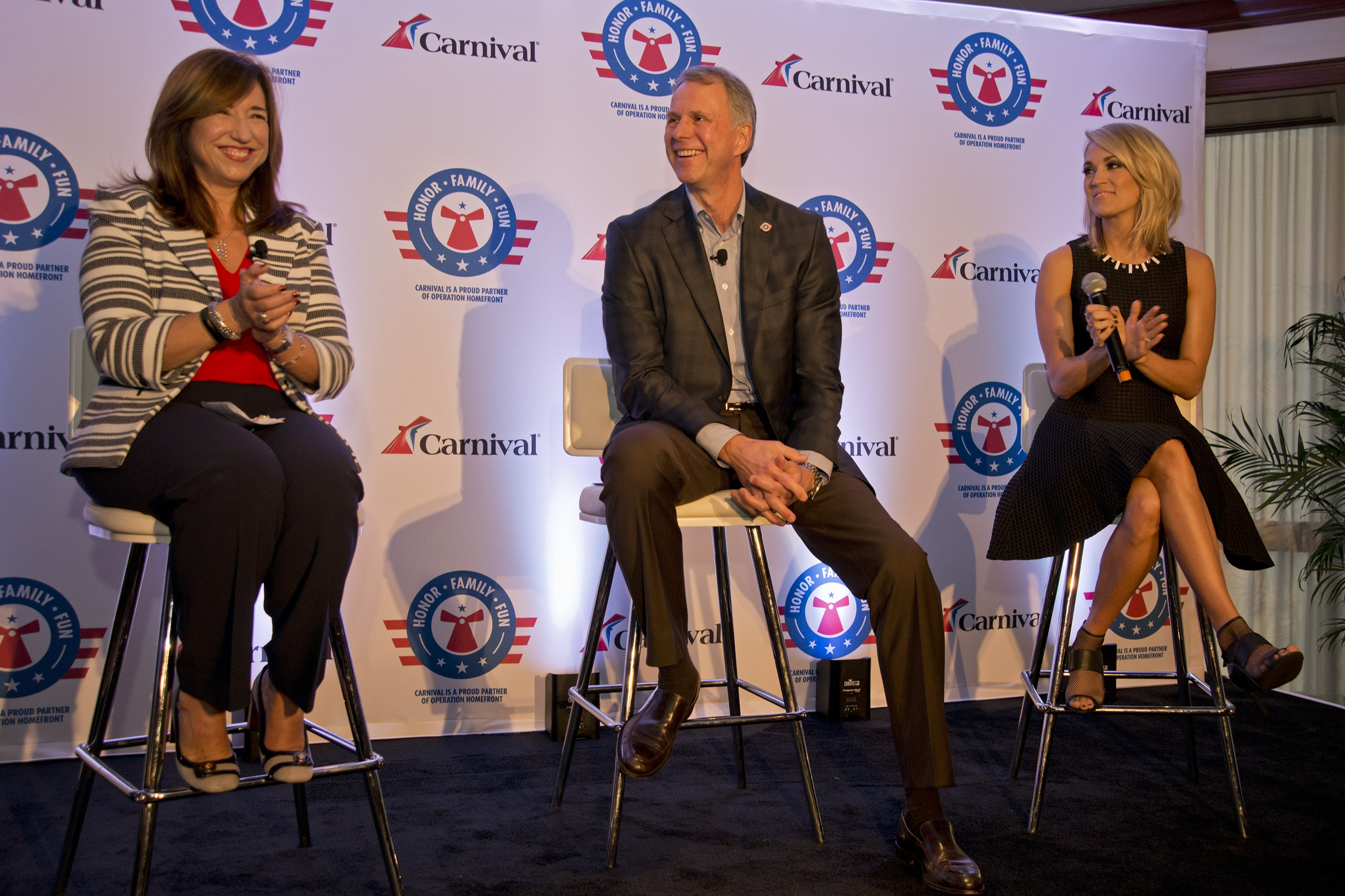 Carrie Underwood Teams with Carnival Cruise Lines and Operation Homefront