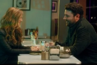 Chris Young, Cassadee Pope Debut 'Think Of You' Music Video