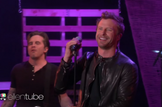 Dierks Bentley Debuts 'Somewhere on a Beach' on 'Ellen'