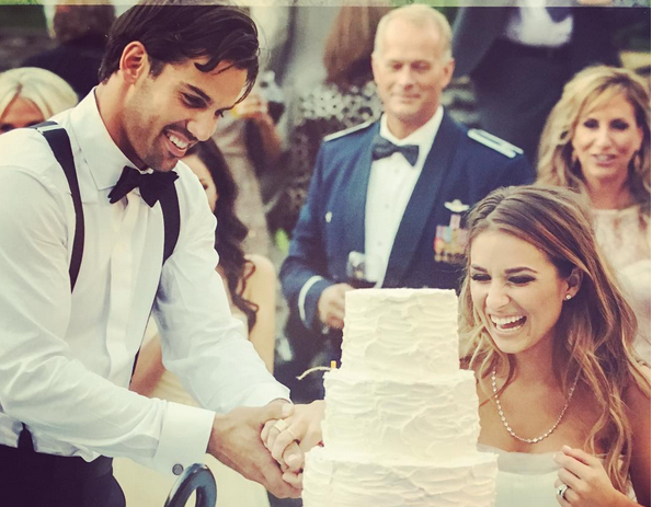 dd4db56d 7 Times Jessie James Decker and Eric Decker Were The Cutest Sounds ...