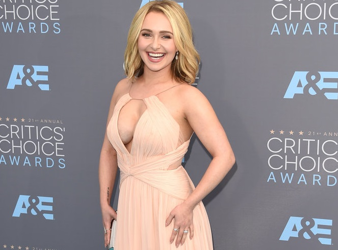 Hayden Panettiere Dishes On Life After Postpartum Depression Treatment