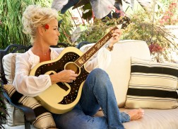 Lorrie Morgan: Looking Back…and Looking Forward