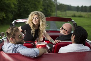 Exclusive Premiere: Natalie Stovall and the Drive's Acoustic 'Heartbreak'