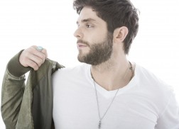 Thomas Rhett Schedules Benefit Concert for 147 Million Orphans
