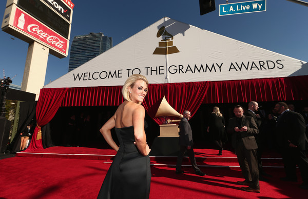 PHOTOS: 'The 58th Annual GRAMMY Awards' – Red Carpet Arrivals