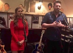 Chris Young Surprises Guests at Cassadee Pope Showcase
