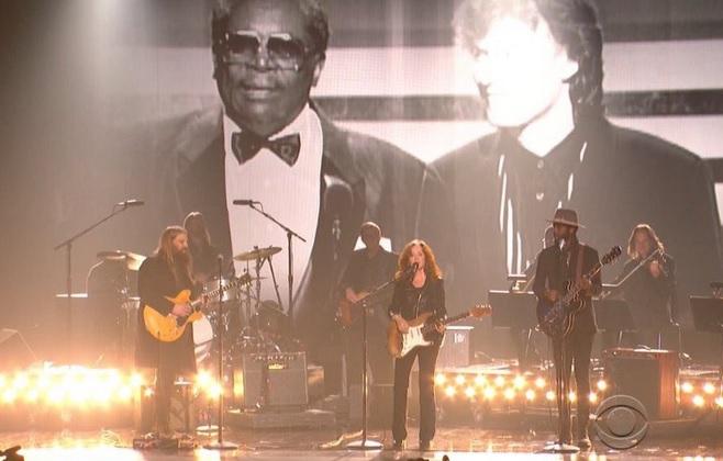 Chris Stapleton, Gary Clark Jr., and Bonnie Raitt Pay Tribute to B.B. King at GRAMMY Awards