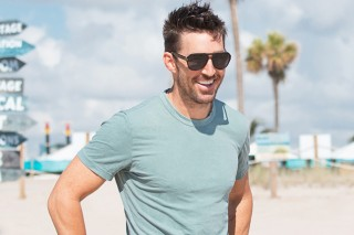 Jake Owen To Open CMA Fest Riverfront Stage