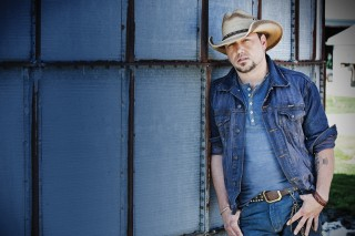 Jason Aldean to Honor Breast Cancer Survivors Throughout 2016 We Were Here Tour