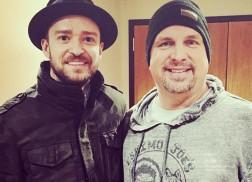 Garth Brooks and 14,000 Fans Sing 'Happy Birthday' to Justin Timberlake
