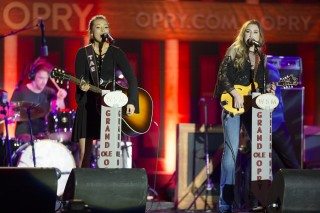 CRS Kicks Off With Star-Studded Grand Ole Opry Show