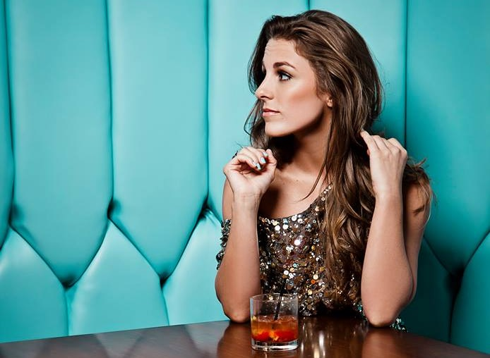 Tara Thompson Tells True Stories On Debut EP