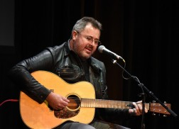 Vince Gill: Six Degrees of Separation