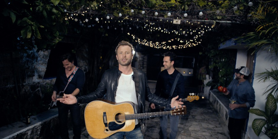 e4da5f68d6c190 Dierks Bentley Is  Somewhere On A Beach  In New Music Video Sounds ...