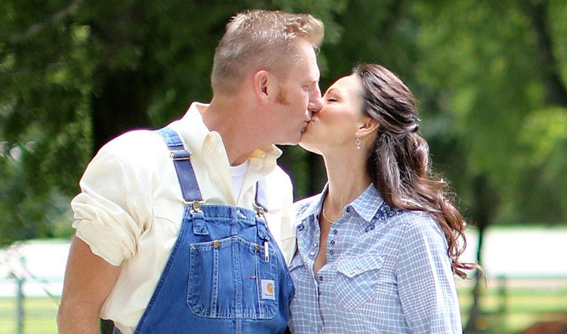 DVD Release Date Set for Joey + Rory Documentary, 'To Joey, With Love'