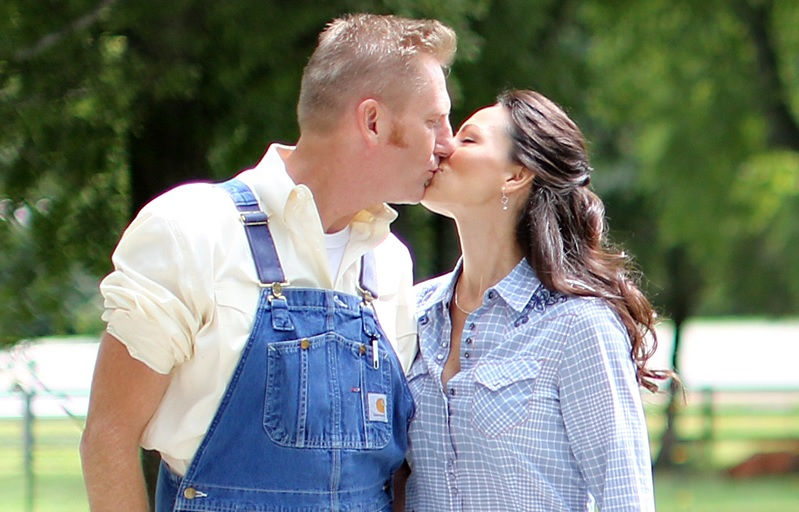 Joey Feek's Family Celebrates Her Life With Graveside Picnic