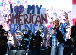 Toby Keith Announces Interstates & Tailgates Tour Presented by Ford F-Series