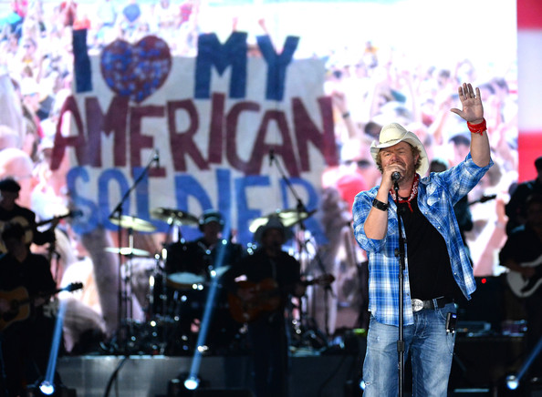 toby keith announces interstates tailgates tour. Black Bedroom Furniture Sets. Home Design Ideas
