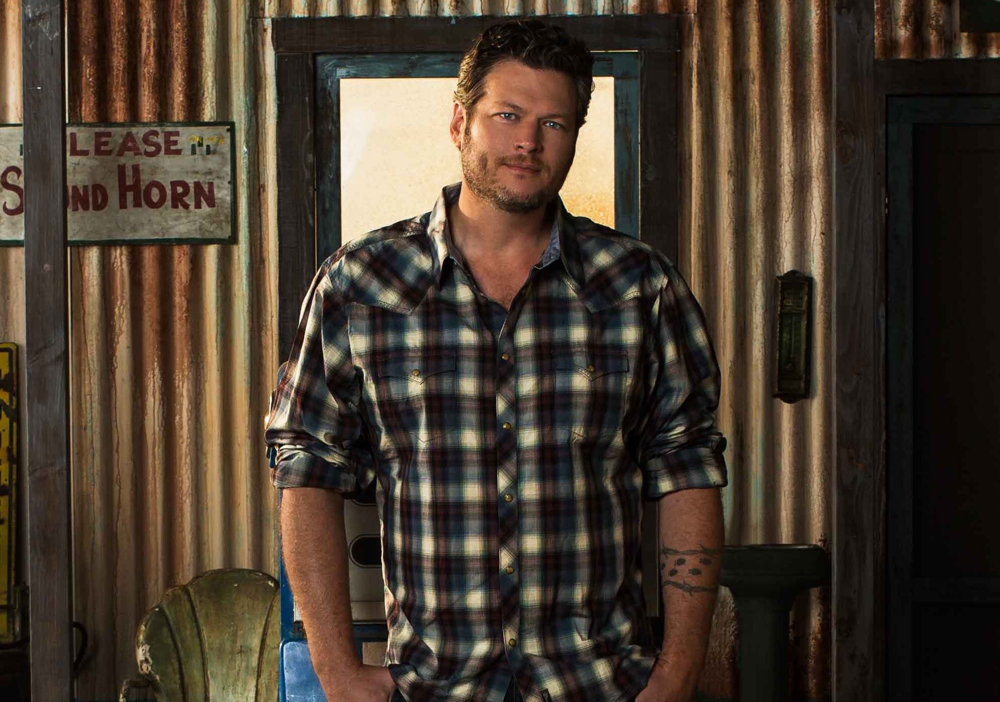 blake,shelton, came here to forget