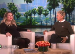 Kelly Clarkson 'Embarrassed' About Emotional 'American Idol' Performance