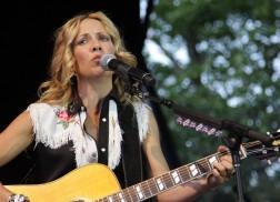 Sheryl Crow To Headline Nashville's July 4 Celebration