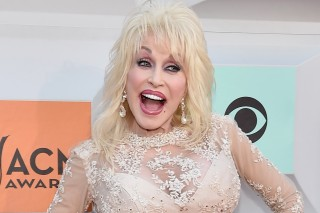 Dolly Parton Shares Her Favorite Sunday Supper Recipe