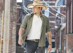 Jason Aldean to Bring Six String Circus Tour to Town