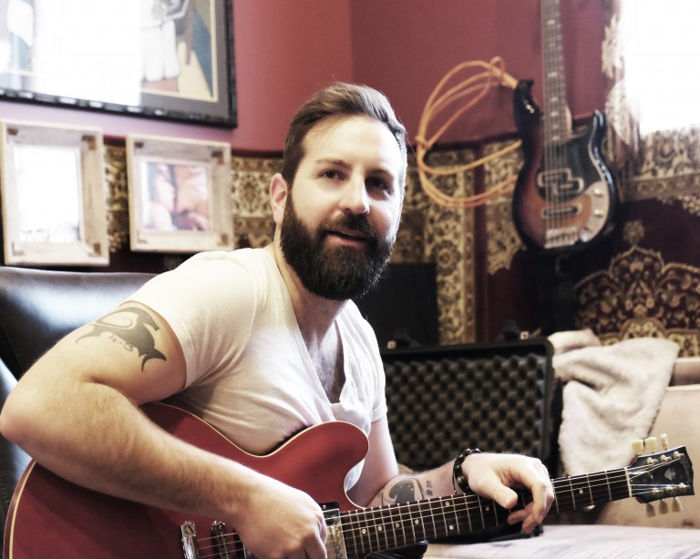 Josh Kelley Plays 'This or That'