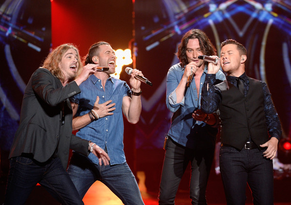 Photo L-R: Bucky Covington, Ace Young, Bucky Covington, Scotty McCreery; Photo by Getty Images