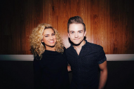 Hunter Hayes Surprises Fans with a Duet at Tori Kelly Concert